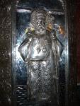 Sfantul Nectarie, racla de argint cu flacari